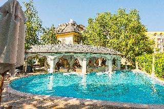Gold Pearl Hotel - Pool