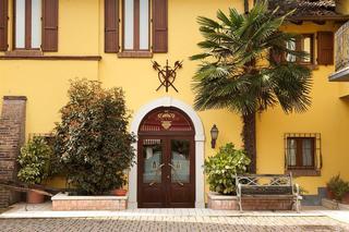Antica Fonte, Via Fornaci ,34/36