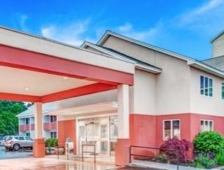 Days Hotel & Conference Center - Methuen
