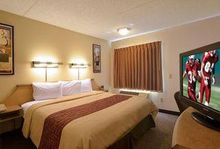 Niagara Falls Hotels:Red Roof Inn Buffalo Hamburg