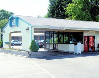 Flagship Inn & Suites, Gold Star Highway,470