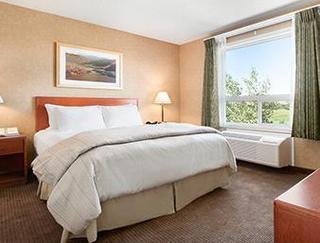 Calgary Hotels:Days Inn Cochrane