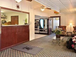 Super 8 Motel - Champaign