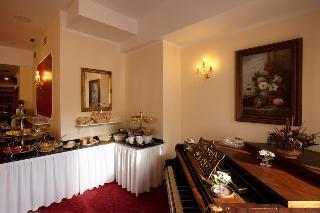 Savoy, B. Smetany,