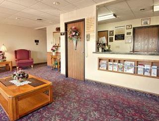 Super 8 Motel - Antigo