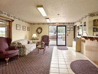 Super 8 Motel - Coshocton/roscoe Village Area