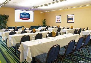 Fairfield Inn & Suites Cleveland Beachwood
