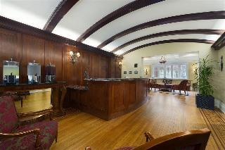 Inn at USC Wyndham Garden Columbia