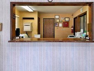 Super 8 Motel - Warrensburg