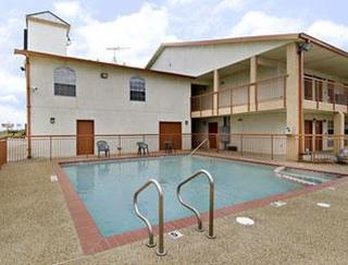 Super 8 Motel - Dallas