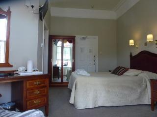 Egans House, Iona Park ,7