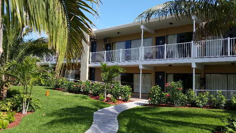 Budget Inn Ocean Resort, South Ocean Boulevard,300