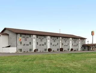 super 8 Motel Worthington Minnesota