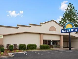 Days Inn Fayetteville - South/i - 95 Exit 49