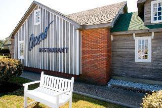 Owens' Motel, S Virginia Dare Trail,7115