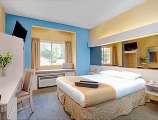 Microtel Inn & Suites Eagles Landing