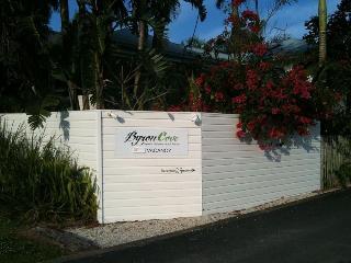 Byron Cove Beach House, Kendall Street 10,10