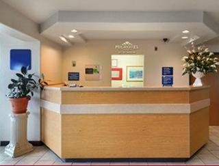 Microtel Ardmore