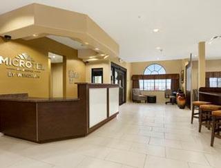 Days Inn & Suites Round Rock