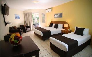 Beachcomber Resort, Shirley Street ,23-25