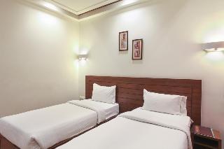 Hotel Mahalaya Dasaprakash, Shamsabad Road ,18/163a/6