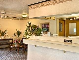 Super 8 Motel - Hillsville