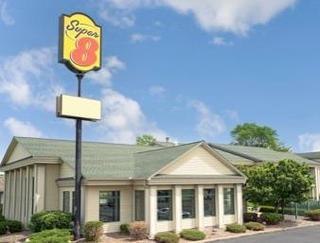 Super 8 Motel - Hudson