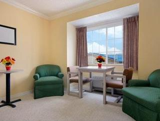 Microtel Inn & Suites Nasa
