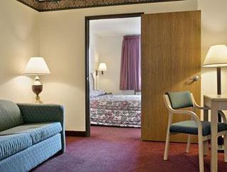Super 8 Motel - Martinsville