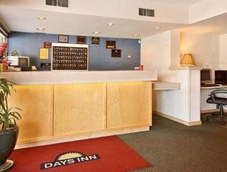 Days Inn - Iowa City Coralville
