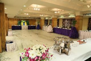 Hotel Amar Vilas, A.b. Road,