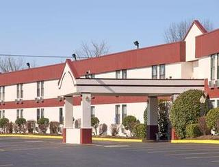 Super 8 Motel - Knoxville Downtown Area