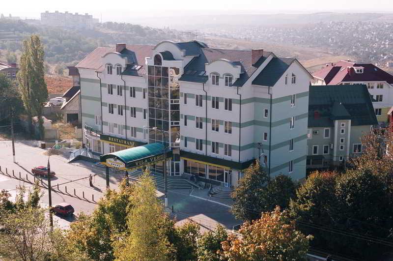 Vila Verde Hotel, Grenoble Street,110