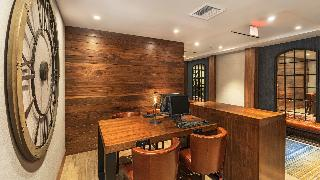 Four Points by Sheraton…, 5990 Green Valley Circle,5990