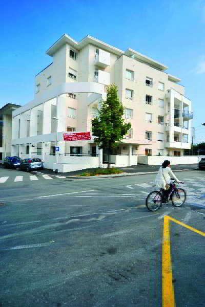 Thonon les bains hotels thonon les bains hotel in thonon for Appart city amsterdam