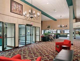 Ramada Lansing Hotel & Conference Center