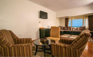Hotel Bon Voyage, Marinho Drive,57a