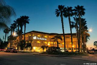 Pacific Inn, Marina Drive,600