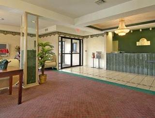 Opelousas Days Inn & Suites