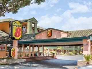 Super 8 Motel - Pasadena/La Area