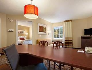 Hawthorn Suites By Wyndham Louisville