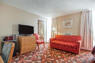 Econo Lodge Sheboygan, 723 Center Ave,