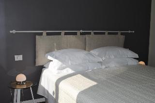 Bed&Café, Via Sardegna ,34