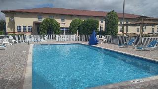 Econo Lodge Florida…, 553 Ne 1st Ave,