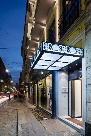UNA Maison  Milano, Via Giuseppe Mazzini,4