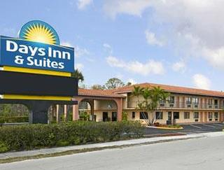 Days Inn & Suites Orlando / UCF Research Park