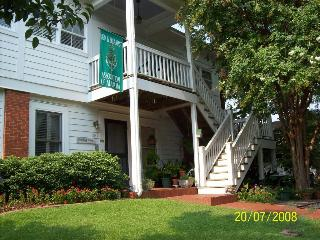 Red Bluff Cottage Bed…, Clay Street,551