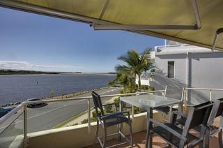Munna Beach Apartments, Gympie Terrace ,291
