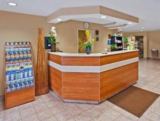 Microtel Inn And Suites Brunswick