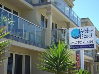 Pebble Beach Motor Inn, Marine Parade ,445